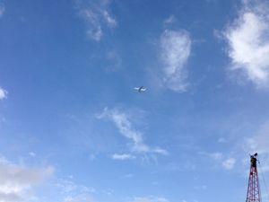 飛行機空_R